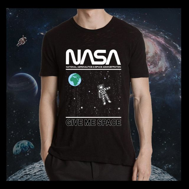 Social distancing at its finest! Here is a look at one of our newest @nasa design.. for more info contact our sales team🪐👩🏽🚀 #nasa #socialdistancing #2020 #2meters #tshirt #top